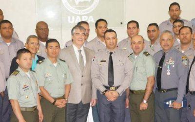 Policía Nacional gradúa a 32 oficiales en gestión territorial de la seguridad